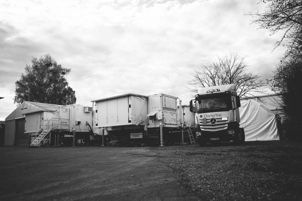 Moser GmbH & Co. KG - Zeppelin Mobile Systeme - Mobile Hospital Shelter